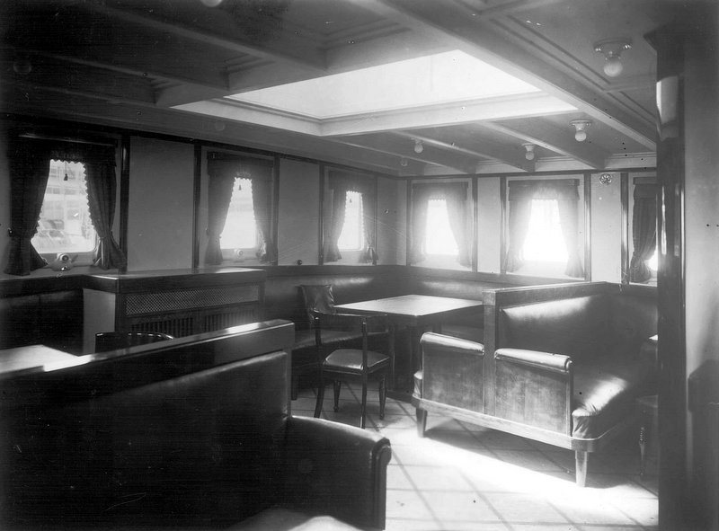 lounge on mv Frederica